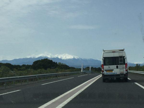 Internet tv wifi buitenland hertzinger televes auto berg sneeuw buitenland camping roan